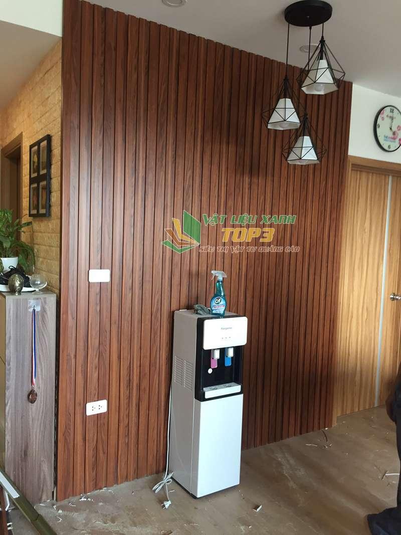 Ốp lam nhựa trang trí vào tường