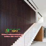 Mẫu lam gỗ nhựa PVC vân gỗ trang trí phòng khách đẹp giá rẻ